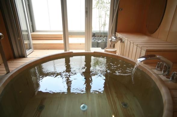 Parquet in bagno 2 specialista protezioni tavoli e parquet - Parquet in bagno e cucina ...